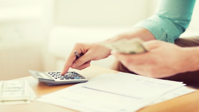 6 Tips to Balance Your Personal vs Business Finances
