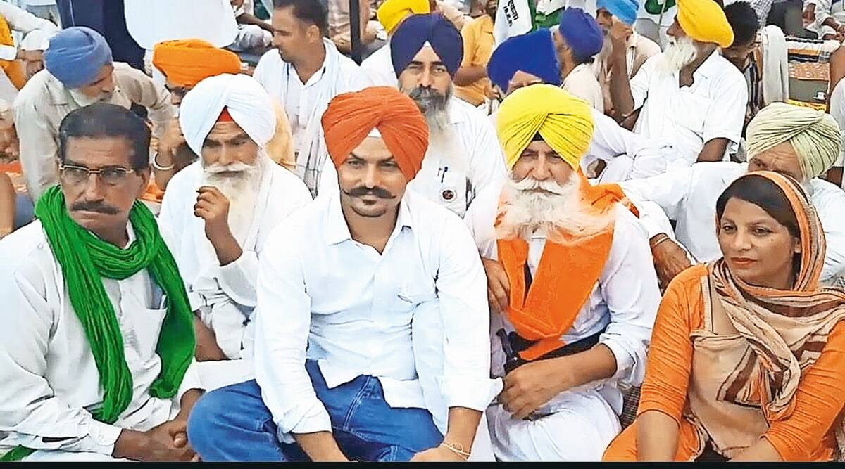 Farmers protest in Sirsa, SKM leader goes on fast unto death